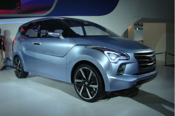 Hyundai HND-7 showcased at 2012 Auto Expo but yet to enter Indian market | CarTrade.com