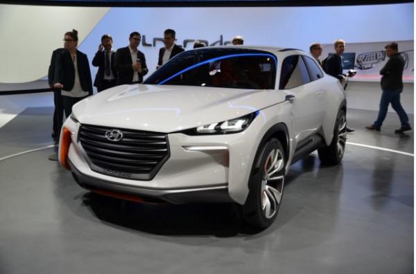 Hyundai unveils SUV concept Intrado at the Geneva Motor Show | CarTrade.com