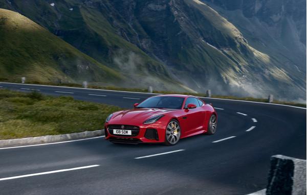 Jaguar F-TYPE SVR introduced at Rs 2.65 crore, bookings open | CarTrade.com