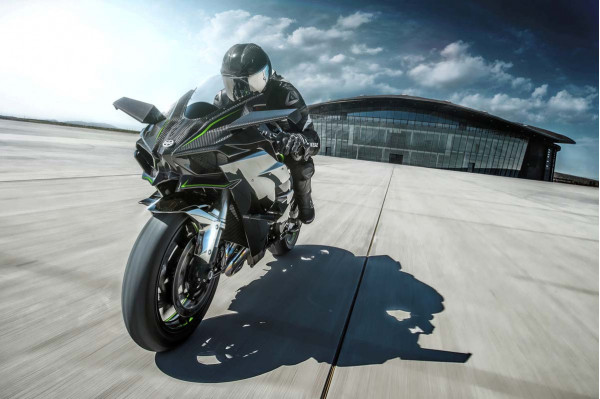 Kawasaki Ninja H2 coming to India in mid-2015 | CarTrade.com