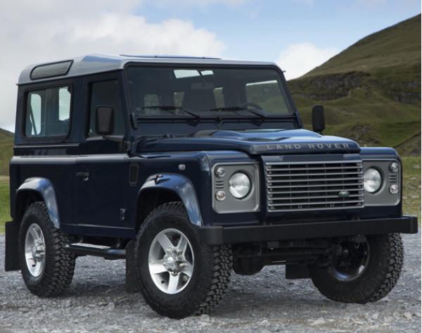 Launch of new Land Rover Defender postponed till 2015   CarTrade.com