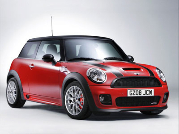 Baby Bachchan gets a Mini Cooper on her first birthday   CarTrade.com