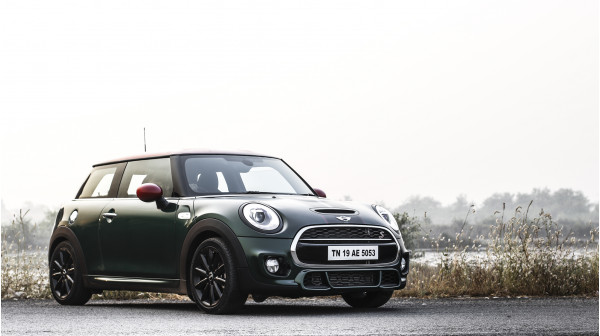 MINI Cooper S Expert Review, Cooper S Road Test - 206968 | CarTrade