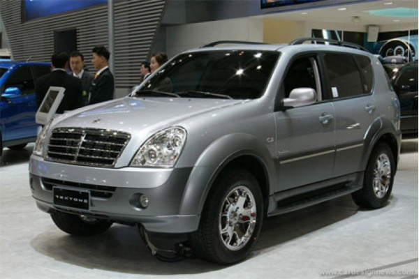 Mahindra to roll out its premium line SsangYong Rexton on 17th October 2012 | CarTrade.com
