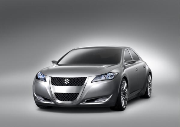 Maruti Suzuki Kizashi tagged with festive offer, discount of Rs. 3 lakh announced | CarTrade.com