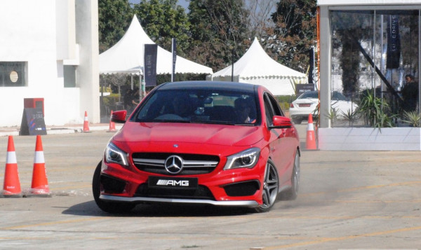 Mercedes-Benz Luxe Drive amazes audience at Jaipur | CarTrade.com