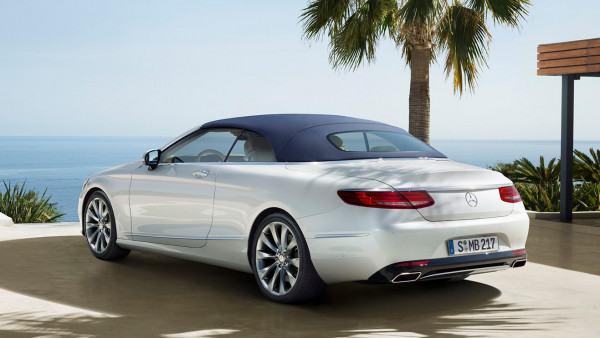 Mercedes benz introduces the slc sl and s class cabriolet for Mercedes benz thailand