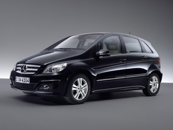 Mercedes-Benz bets high on Indian market; comes-up with the showcase of its B-Class | CarTrade.com