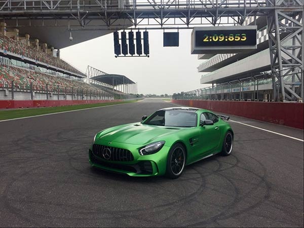 Mercedes-AMG GT R becomes the fastest production car to lap BIC in record time | CarTrade.com