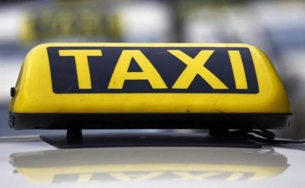 New Delhi Municipal Council (NDMC) appoints only women cabbie service   CarTrade.com