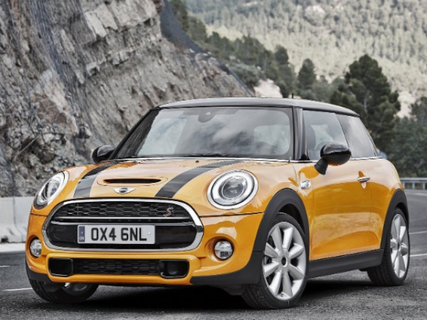 New Mini Cooper launched in India for Rs. 31.85 Lakh | CarTrade.com