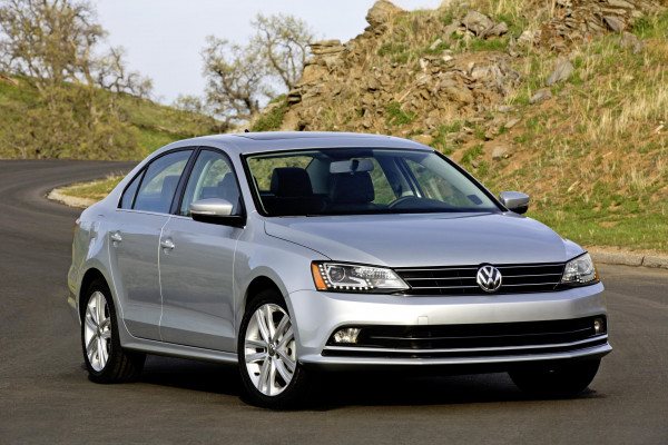 2015 Volkswagen Jetta facelift to launch on February 17 | CarTrade.com