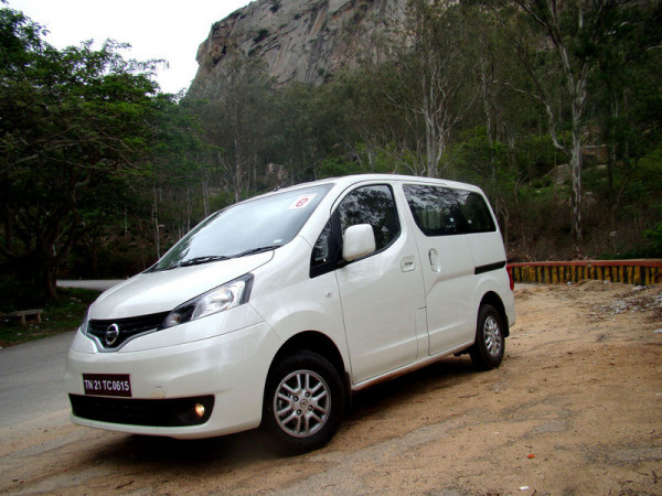 Nissan Evalia facelift launch expected this Diwali | CarTrade.com