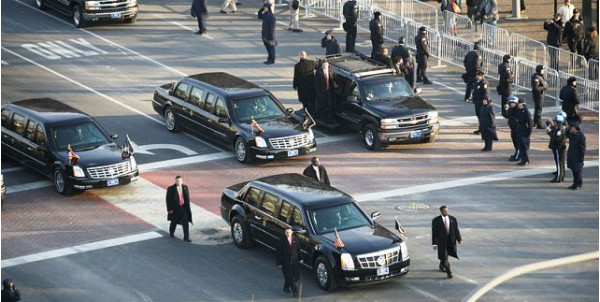 Obama to drive from Rashtrapati Bhawan to Rajpath in his own Cadillac One, nicknamed