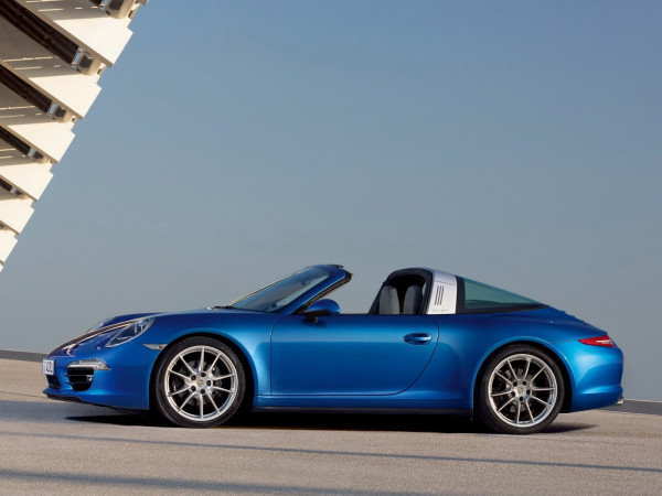 Porsche 911 Targa launched in India; priced at Rs. 1.59 crore | CarTrade.com
