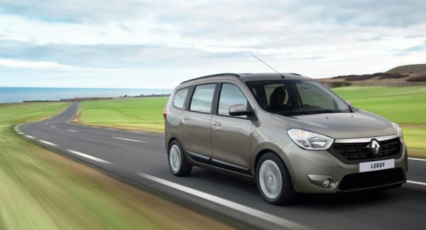 Renault Lodgy MPV launching next month: bookings open | CarTrade.com