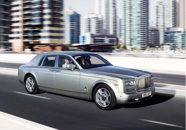 Rolls-Royce India unfazed by the import duty hike in Union Budget | CarTrade.com