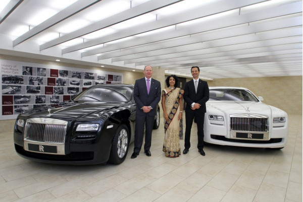 Rolls Royce inaugurates a new showroom in Hyderabad | CarTrade.com