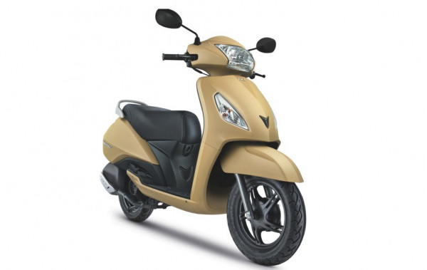 TVS Jupiter now available in two new colour options | CarTrade.com