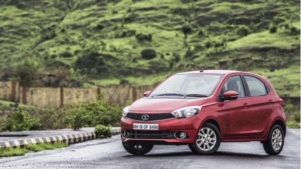 Tata Tiago Expert Review, Tiago Road Test - 206893 | CarTrade