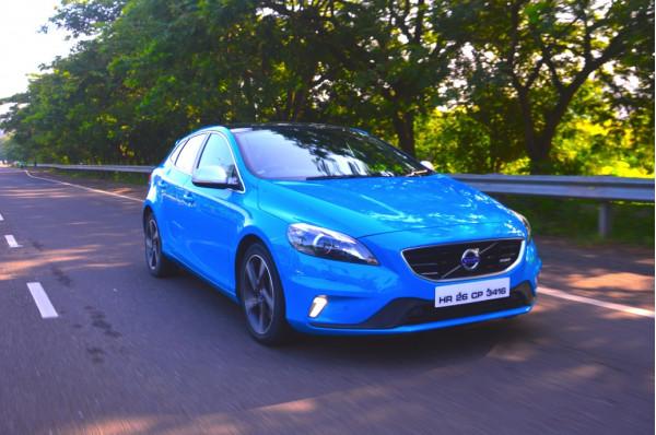 Volvo V40 Expert Review, V40 Road Test - 206308 | CarTrade