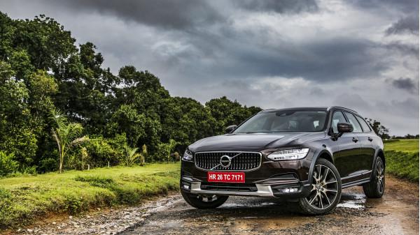 Volvo V90 Expert Review, V90 Road Test - 206891 | CarTrade
