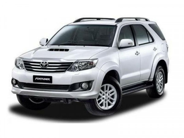 Updated Toyota Innova Launched Fortuner Gets 4x4 Variant