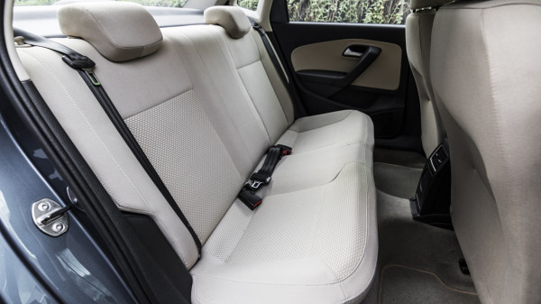 VolksWagon VW Ameo Interior First Look Review Carwale Photos Images Pics India 20160227 37