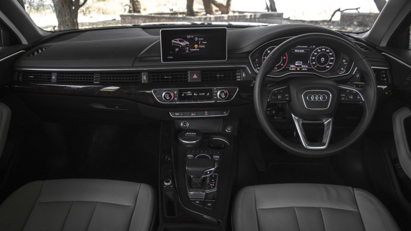 Audi A4 Expert Review A4 Road Test 206800 Cartrade