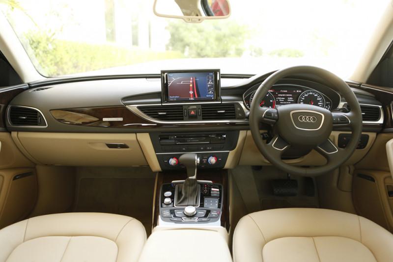 Audi A6 interior Image 34