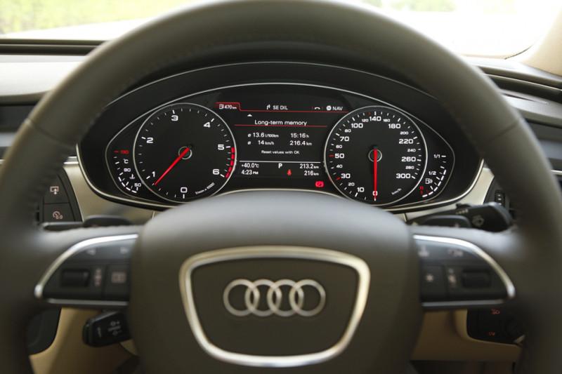Audi A6 interior Image 35