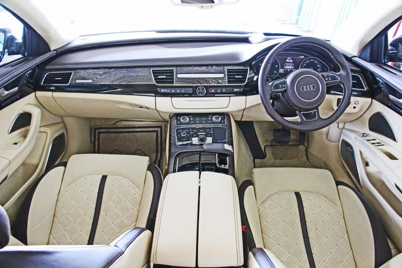 Audi A8 L Photos 4