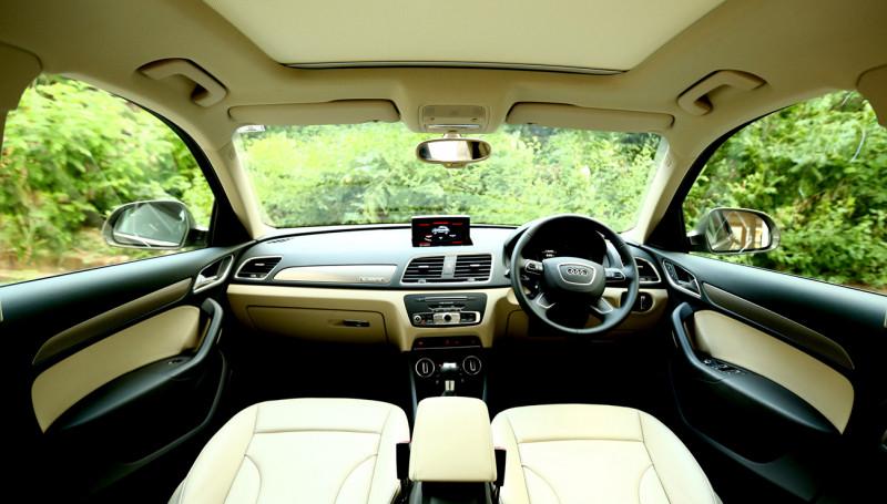 2015 Audi Q3 Photos 1
