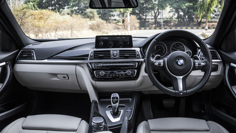 BMW 320d Review 71