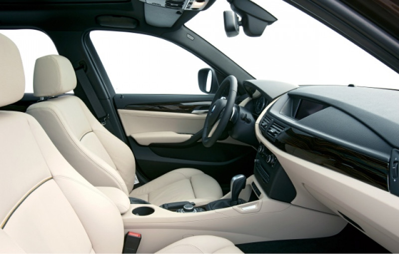 Bmw X1 Car Dashboard And Front Seats