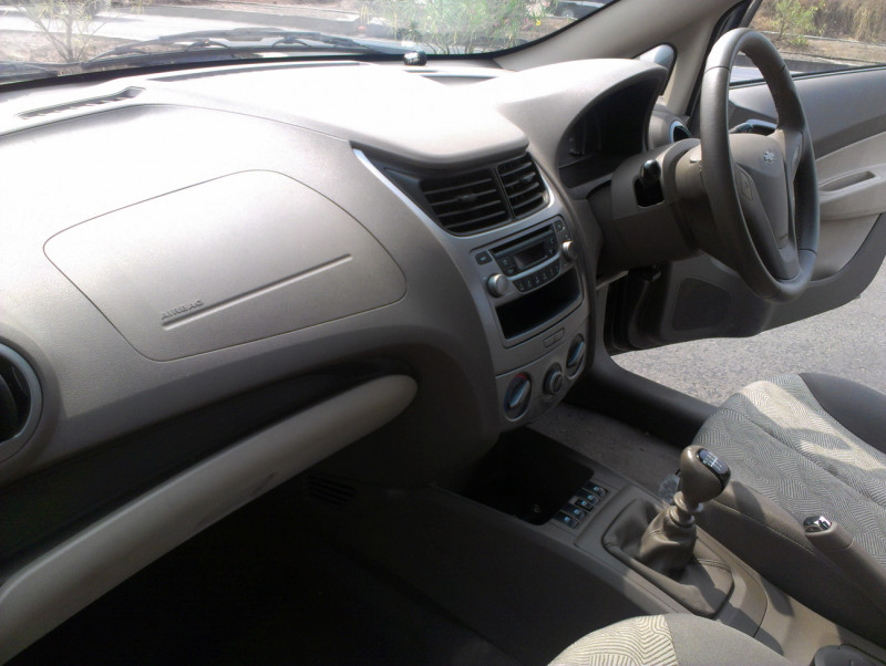Chevrolet Sail U VA Front dashboard