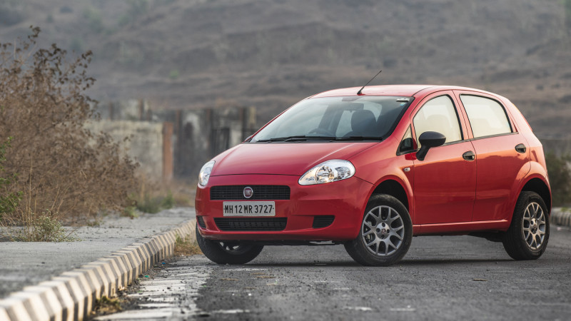 Fiat Punto Pure First Drive Cartrade