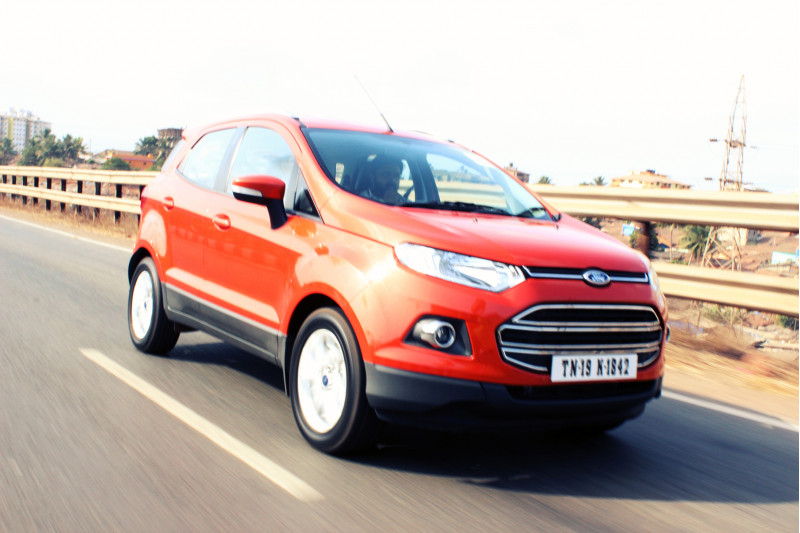 Ford EcoSport Outside road