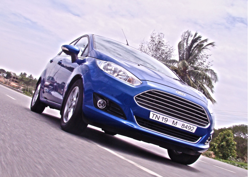 2014 Ford Fiesta Images 13