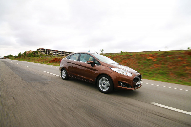 2014 Ford Fiesta Images 30