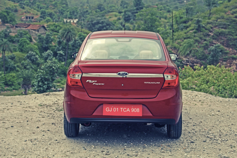 Ford Aspire Images Photos And Picture Gallery 206234