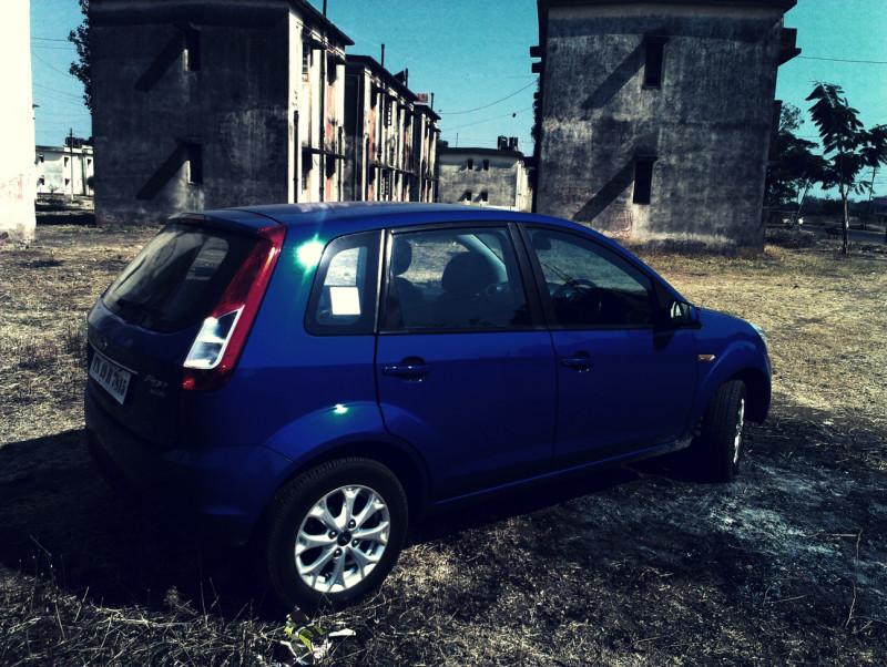 Ford Figo 2012 wallpaper image