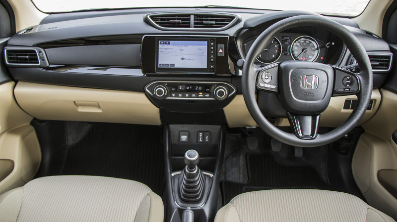 Honda Amaze Expert Review Amaze Road Test 206996 Cartrade