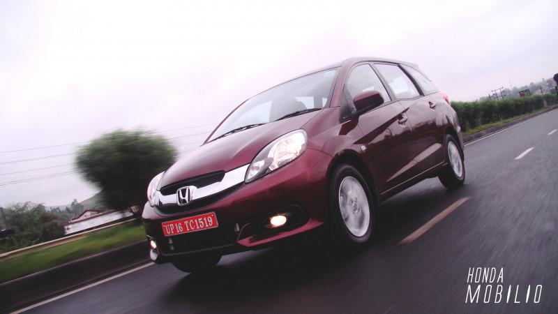 Honda Mobilio Expert Review Mobilio Road Test 205936 Cartrade