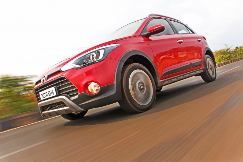 Hyundai i20 Active Photos 38