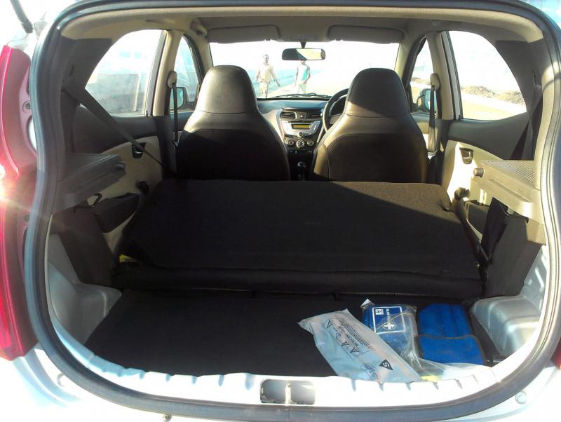 Hyundai Eon luggage space