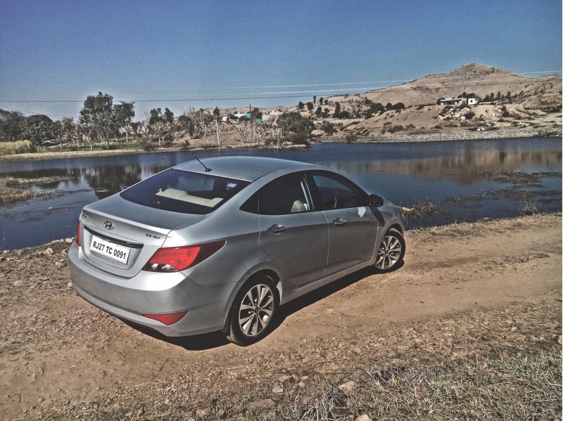 Hyundai Verna Images 5