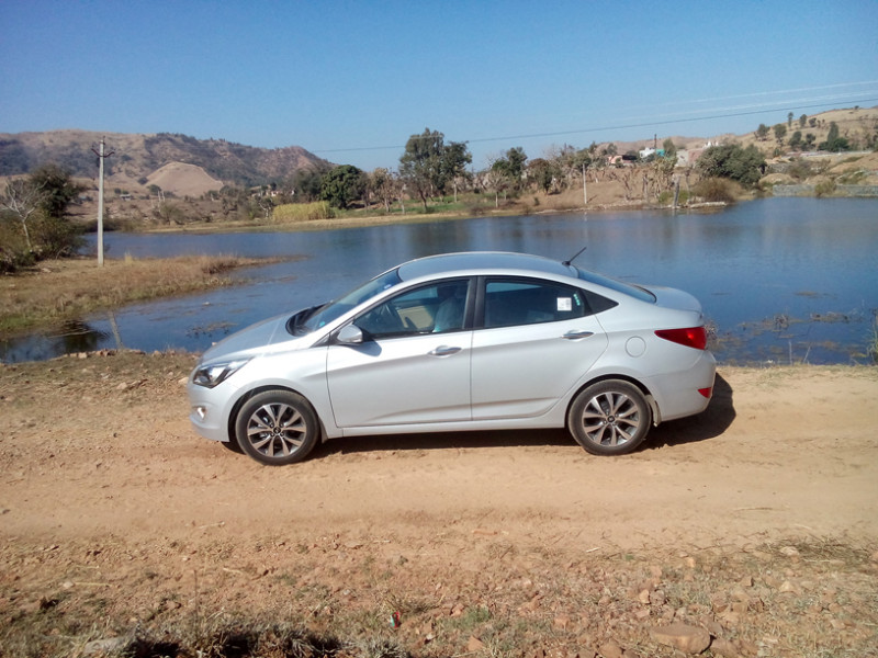 Hyundai 4S Fluidic Verna Images, Photos and Picture Gallery - 206110 | CarTrade