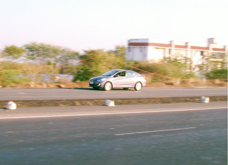 Hyundai Verna Images 15