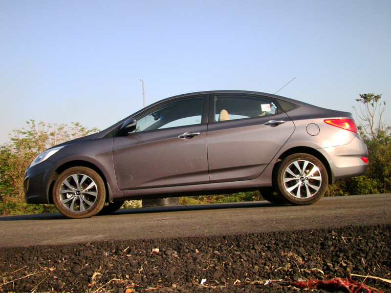 Hyundai Verna Images 17